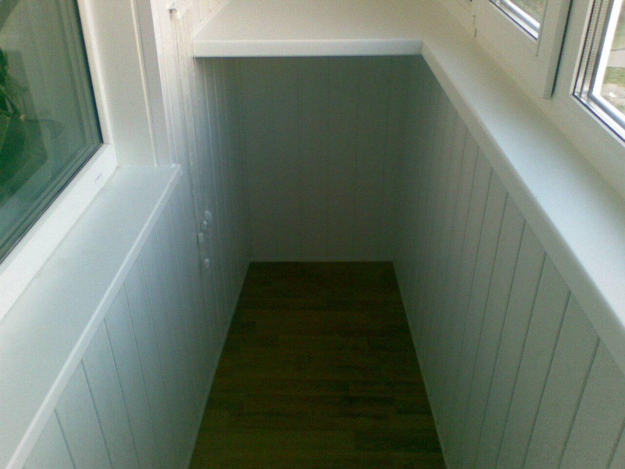 Отделка стен балкона и лоджии пластиковыми панелями пвх.